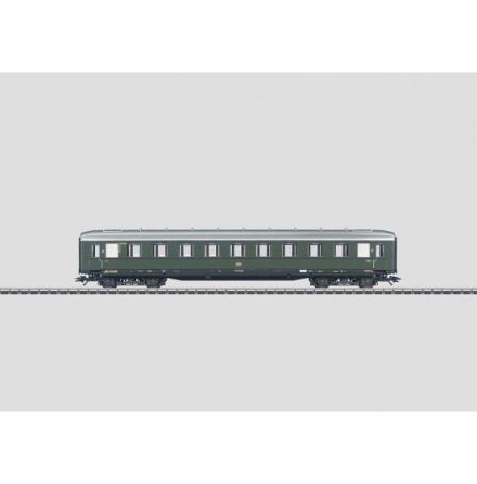43222 Express Train Passenger Car