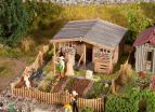 180493 Koloniträdgård med skjul