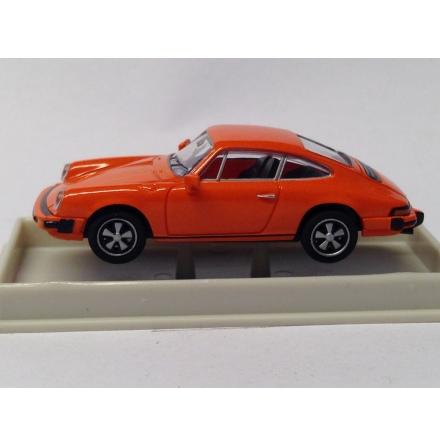 16307 Porsche 911 Coupe orange