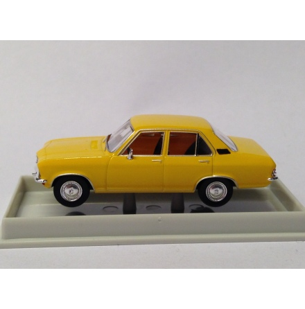 20371 Opel Ascona A gul