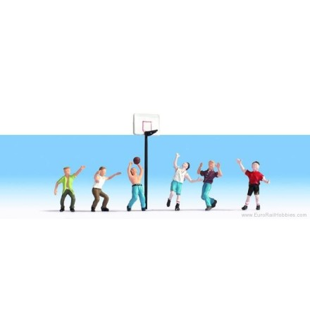 N15882 Basketball players, 6 figures + accessories