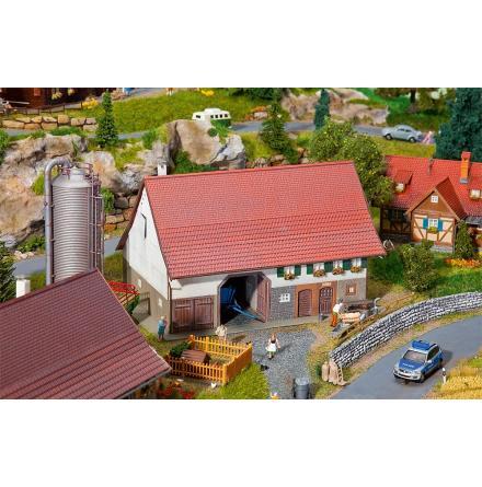 130535 Stor bondgård