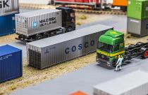 "180845 Hi-Cube Container ""Cosco"""